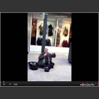 Bezdomny śpiewa jak Lionel Richie - ciary idą