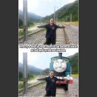 Ucieka przed pociągiem